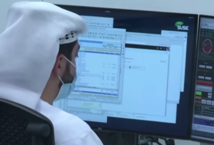 Pohled do řídicího střediska letu sondy Amal