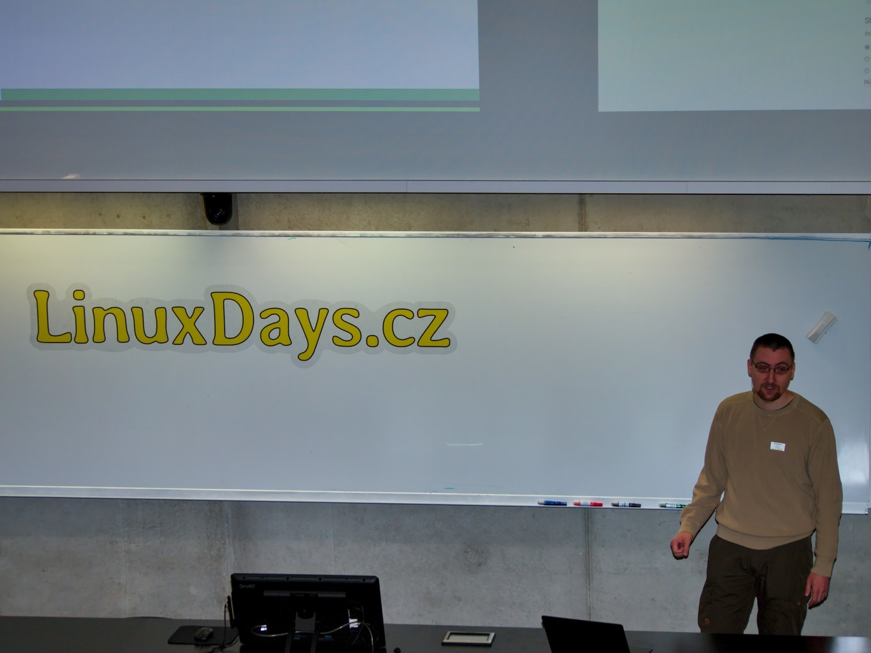 Tomáš Chvátal na konferenci LinuxDays 2018